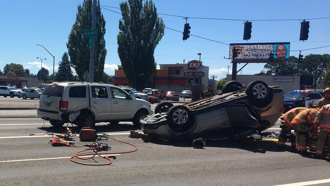 A crash on Mission Street SE and 25th Street SE blocks traffic.