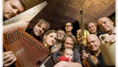 The Roe Family Singers are coming to Bo Diddley's, thanks to the Granite City Folk Society.