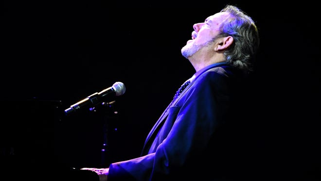"""Jimmy Webb performs """"By the Time I Get to Phoenix,"""" the song he wrote for the late Glen Campbell at the 55th annual American Society of Composers, Authors and Publishers (ASCAP) Country Music Awards Monday, Nov. 6, 2017, at the Ryman Auditorium in downtown Nashville, Tenn."""