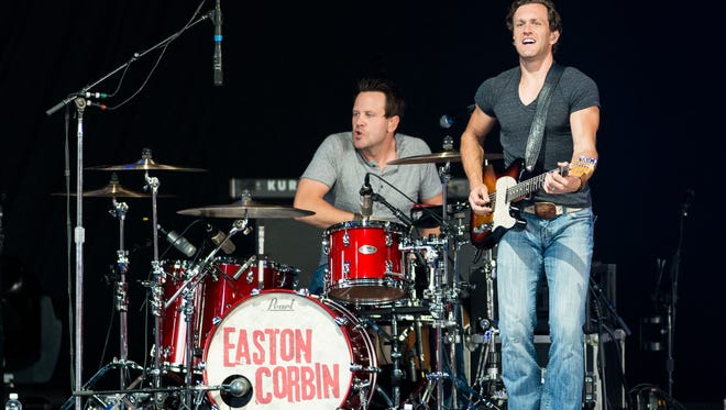 Easton Corbin at Riverbend Music Center in July 2013