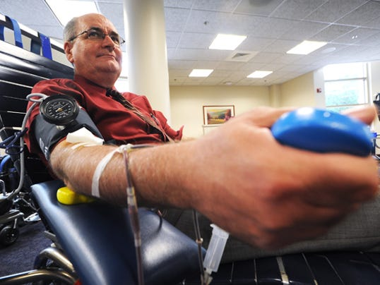 635533089308600558-FON-062514-blood-donation-3