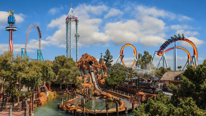 Disneyland Vs Knott S Berry Farm How Do They Compare