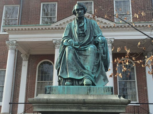 636385686253152818-Statue-of-Roger-Taney-and-Balitmore-Sun.jpg