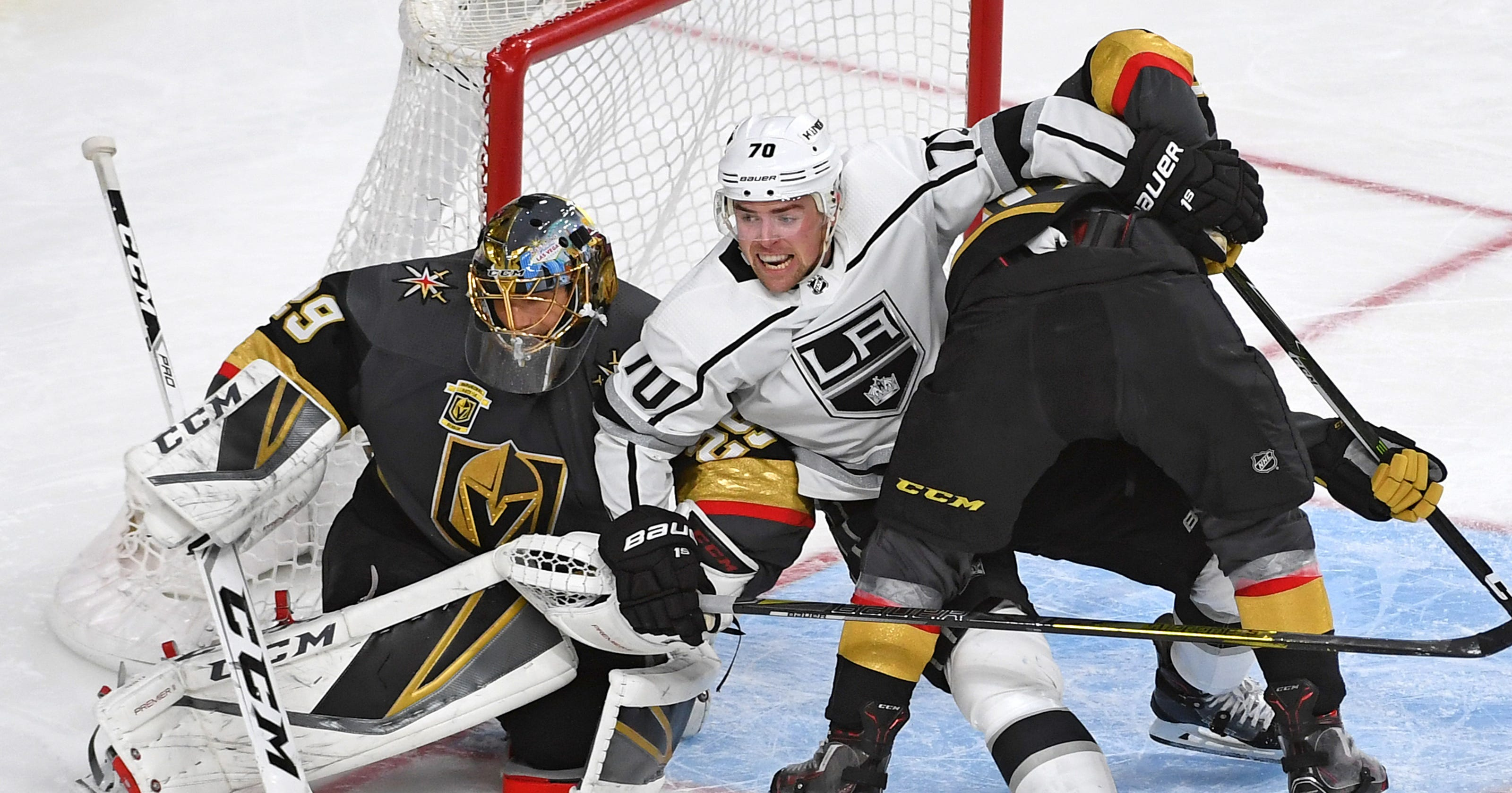 9ceac316c4c Golden Knights beat Kings to move one win away from more history