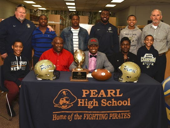 Tylan Knight after signing his letter of intent to