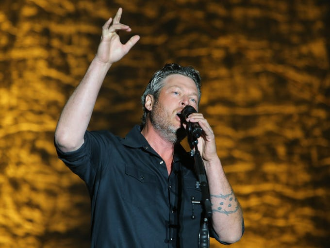 Blake Shelton performs during the Country Thunder music