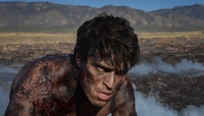 """Five unrelated strangers are drawn toward a mysterious stranger who fell from the sky, known only as The Man (Diogo Morgado) on The CW's """"The Messengers."""""""