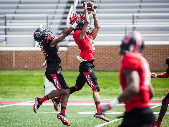 Ball State's Drew Plitt catches a pass during the team's