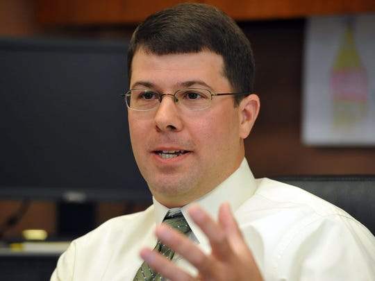 City Manager Greg Doyon has agreed to a contract with the city that will keep him on the job for another three years.