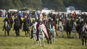 Britons mark 950th anniversary of Battle of Hastings
