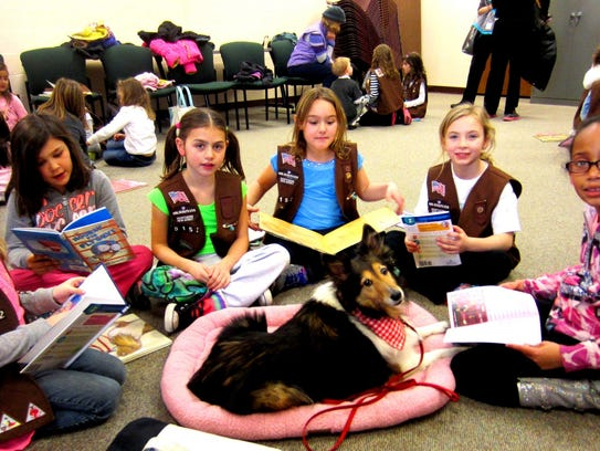 A 2010 photo of Wayne Girl Scout Brownies who met Polly