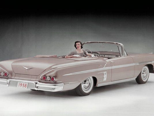 1958-Chevrolet-Impala-Sport-Coupe-Convertible-192090