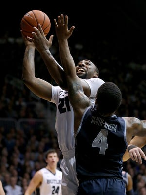 Butler Bulldogs forward Roosevelt Jones had 19 points, six rebounds and five assists in an 87-76 home victory over Georgetown on Feb. 2. He topped that Saturday with the Bulldogs' first triple-double in 32 years, collecting 10 points, 14 rebounds and 10 assists in an 89-56 victory at St. John's.