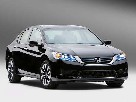 STILL 2014_Honda_Accord_Hybrid_01 (2)