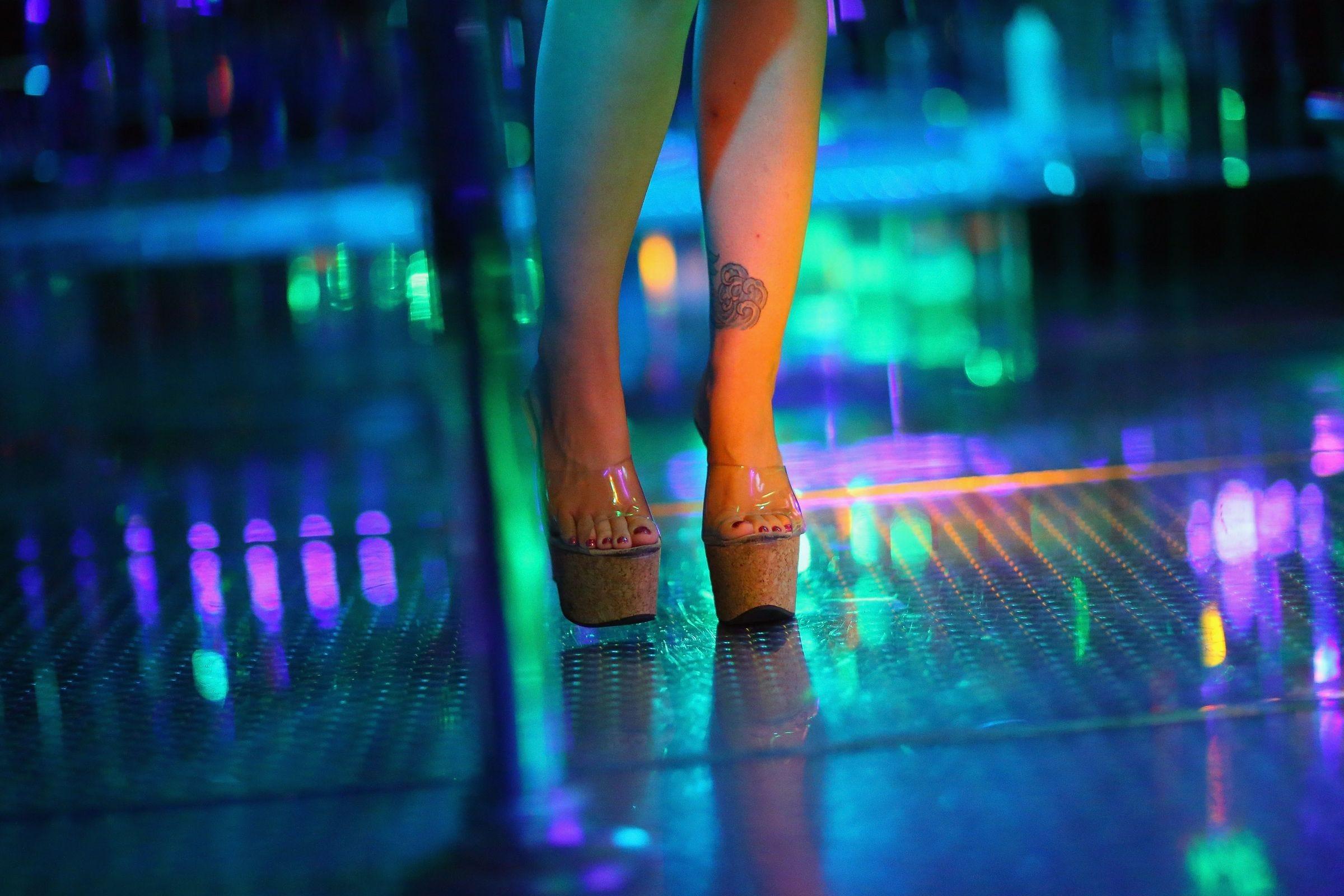 Strip clubs in saginaw michigan