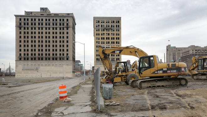 Ilitch Holdings has moved equipment onto the site of its future arena off of Woodward just north of downtown Detroit in preparation for beginning construction on Monday, March 16, 2015. The Hotel Park Avenue is on the left; the Hotel Eddystone is on the right.