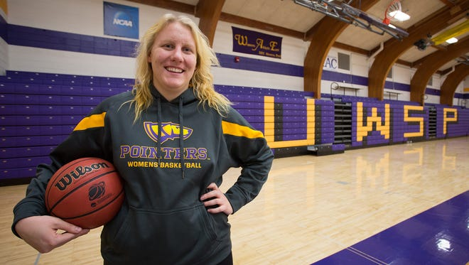 UW-Stevens Point senior Joann Wolfenberg balances her studies in accounting and business with playing on the Pointers women's basketball team by staying organized and making a list of her priorities.