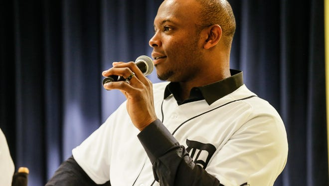In one of his first public appearances since signing with his new team, Upton visited Detroit Police headquarters last week as part of the Tigers' winter caravan.
