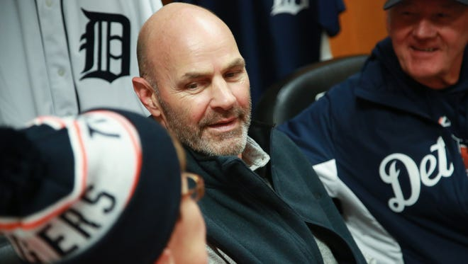 Detroit Tigers legend Kirk Gibson takes photos with fans in the vistor's clubhouse, during the Detroit Tigers' TigerFest at Comerica Park in Detroit on Saturday, Jan. 23, 2016.