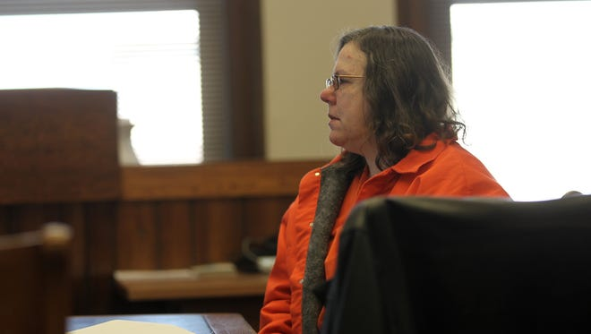 Miranda Lalla waits for her sentencing hearing at the Johnson County Courthouse on Monday, Dec. 9, 2013.