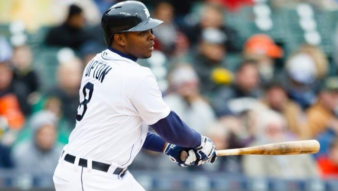 Apr 28, 2016; Detroit, MI, USA; Detroit Tigers left fielder Justin Upton (8).