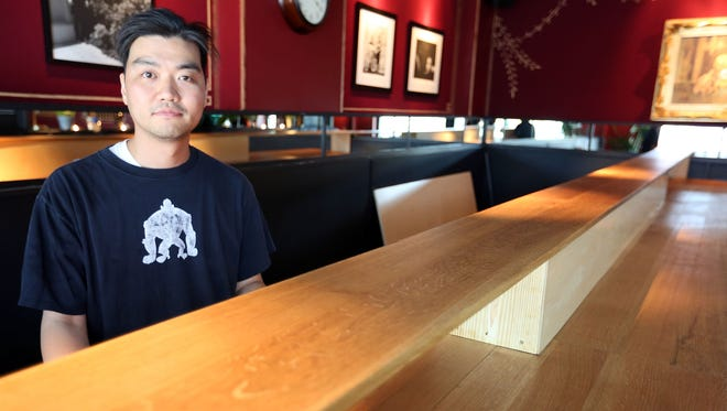 "Shinya Hirakawa, 35, of Royal Oak, a sushi chef/ DJ/ beat maker, is hosting a pop-up  sushi event called ""Shinya Loves Detroit"" tonight  at Craft Work at  8047 Agnes St. in Detroit"