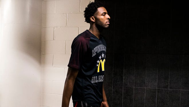 Mitchell Robinson appears to be ready to skip college and prepare for the NBA draft.