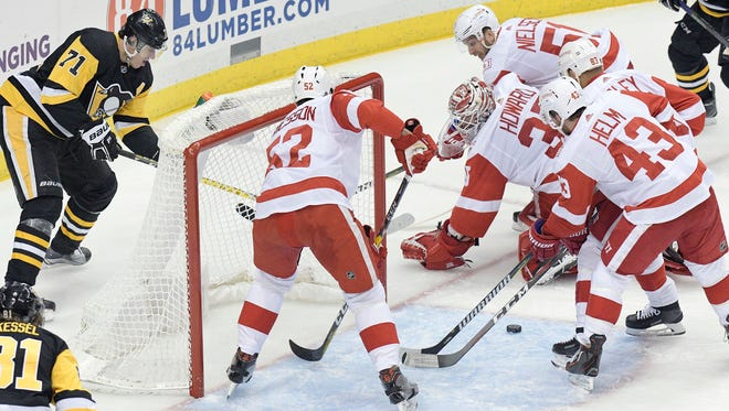 Penguins forward Evgeni Malkin put the puck past the Red Wings' defense twice on Saturday in Pittsburgh.