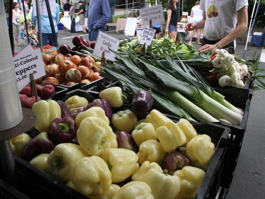 TJN 0622 farmers markets LEDE