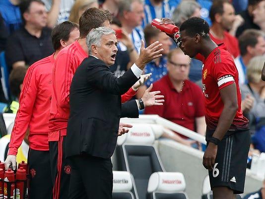 Soccer_Man_United_Mourinho_Out_09724.jpg