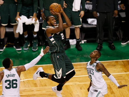 Khris Middleton has an elite mid-range game.
