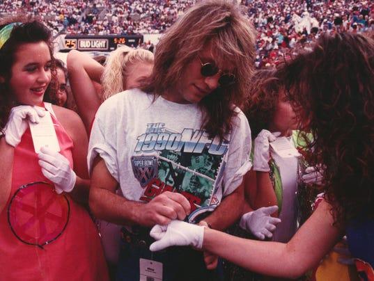 Bon Jovi signing