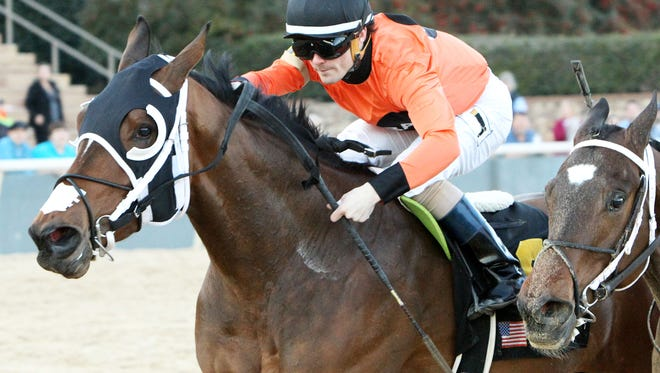 Marquee Miss, left, topped Nickname to win Saturday's $100,000 Martha Washington.