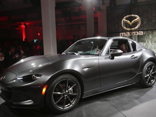 Mazda 2016