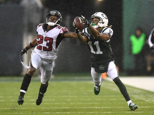 New York Jets wide receiver Robby Anderson (11) makes