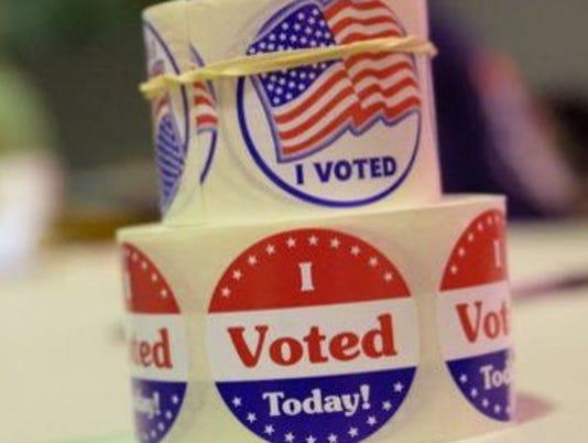 636074802805752642-636058156984622059-Voting.JPG