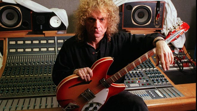 -  -r the lead singer for the rock group Foreigner, is a native Rochesterian and still lives here. The group's first new album in eight years will be released on Tuesday. Photo Melissa Mahan 2-18-95 PLEASE DO NOT USE THE LOCATION BY STREET OR ADDRESS OF HIS STUDIO IT WOULD BE TO EASY TO FIND.