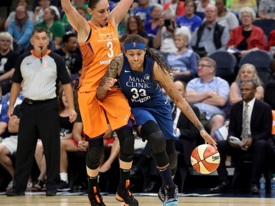 Mercury_Lynx_Basketball_10117.jpg