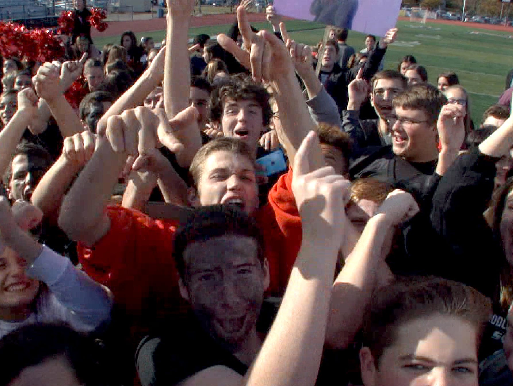 The Red Zone Roadshow visits Middletown North High School in advance of their playoff game against cross-town rival Middletown HS South.
