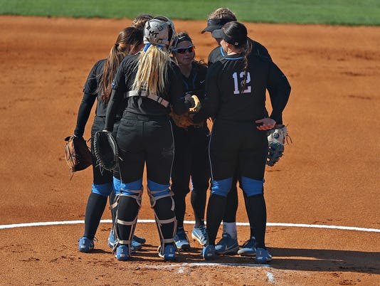 MTSU softball vs UT Martin