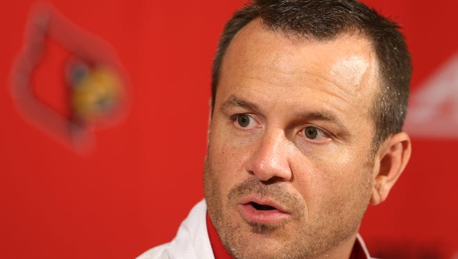 UofL Women's Basketball Coach Jeff Walz talks to reporters during a press conference.October 27, 2015