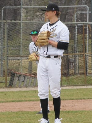 Howell's Sam Weatherly pitched a five-hitter to complete a sweep of fifth-ranked Birmingham Brother Rice.