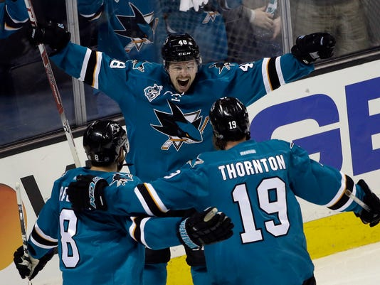 Tomas Hertl, Joe Pavelski, Joe Thornton