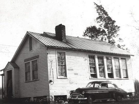 The Lee Buckner School was built in Williamson County,