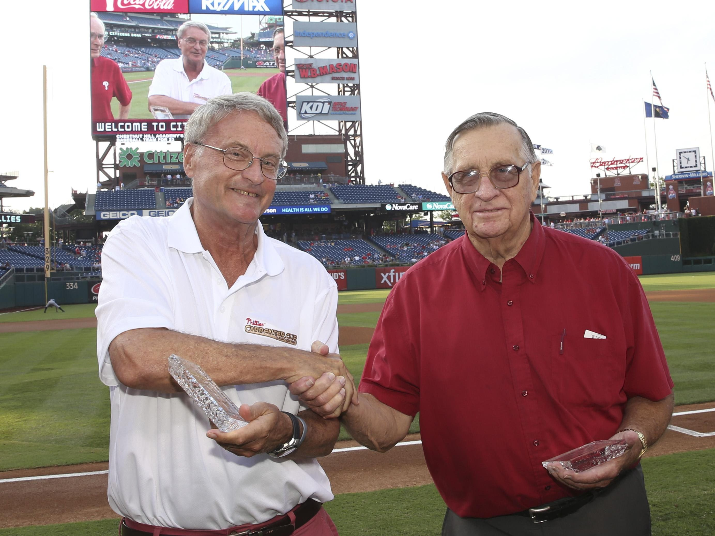 Joe Hartmann, right, and Stan Parker were honored by the Phillies Monday night.