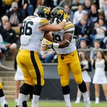 Leistikow: Walk-on Hawkeye tight ends, fittingly, in focus