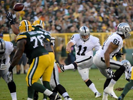 Aug 18, 2016; Green Bay, WI, USA; Oakland Raiders kicker