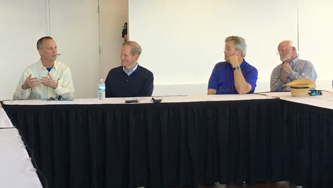 Congressman Curt Clawson, R-Bonita Springs, Democratic Sen. Bill Nelson, Fort Myers Mayor Randy Henderson and Clewiston Mayor Phillip during a meeting on solutions to the Lake Okeechobee water releases.
