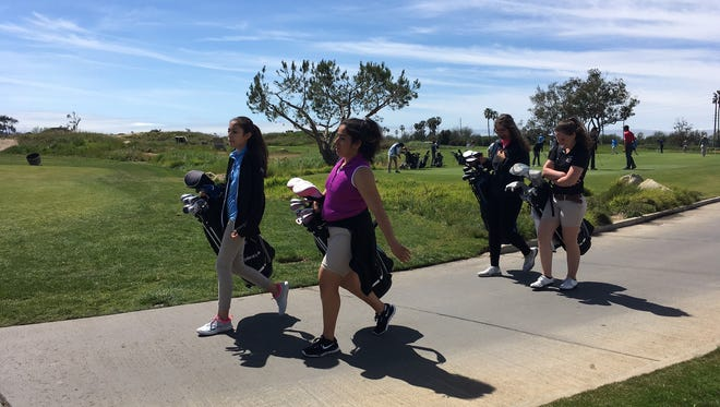 At Ventura's two public golf courses, taxpayer subsidies continue to rise.