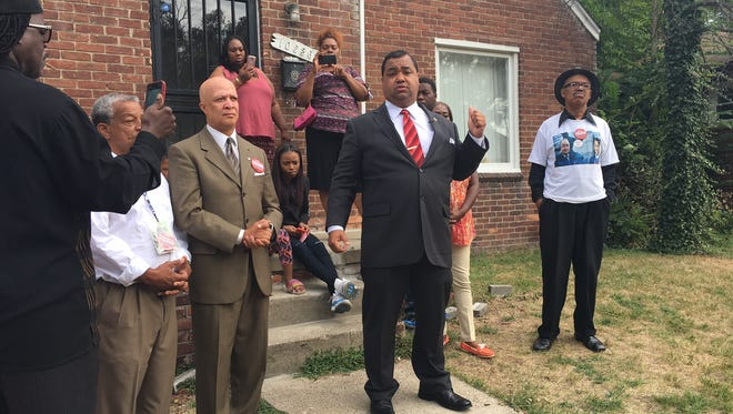 Detroit mayoral candidate Coleman Young II addresses the media outside of Detroiter Mary Smith's home on the city's northwest side Aug. 24, 2017.